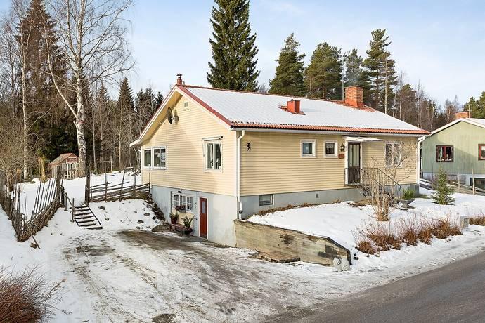 Bild: 4 rum villa på Åsmyravägen 46, Bollnäs kommun