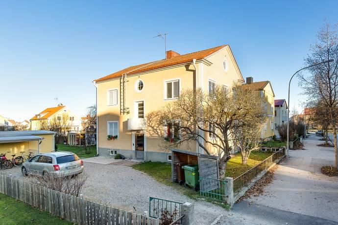 Bild: 185 m² villa på Ullavigatan 26, Örebro kommun Centralt Väster