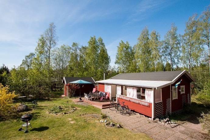 Bild: 2 rum fritidshus på Lundsholm Basvägen 19, Kristinehamns kommun Strandvik