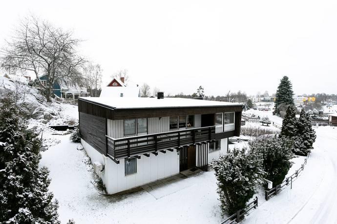 Bild: 5 rum villa på Upplandavägen 6, Eksjö kommun Eksjö