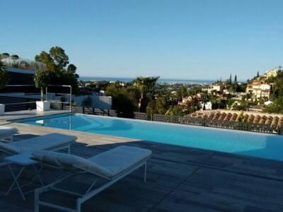 Bild: 4 rum villa på Villa, Marbella - Nueva Andalucia - Costa del Sol, ES, Spanien Nueva Andalucia