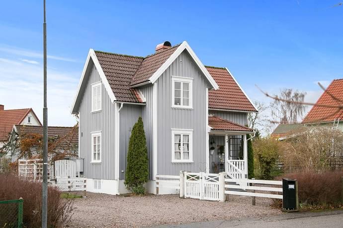Bild: 5 rum villa på Nygatan 12, Herrljunga kommun Centrala Herrljunga