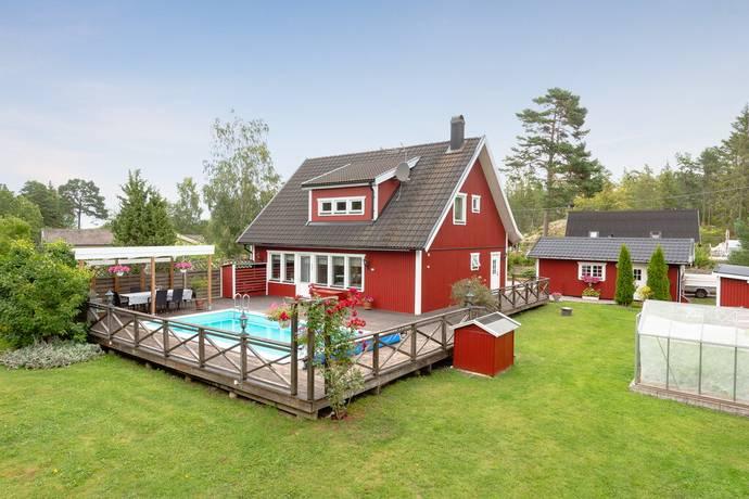 Bild: 6 rum villa på Bagghusvägen 10, Norrtälje kommun Väddö Norra Rörvik