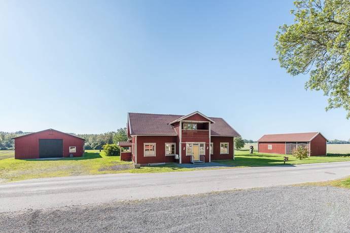 Bild: 6 rum villa på Yngersstrand 5, Katrineholms kommun Björkvik