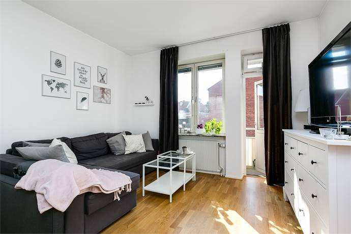 Bild: 1,5 rum bostadsrätt på Hjortstorpsvägen 13A, Örebro kommun Centralt Norr
