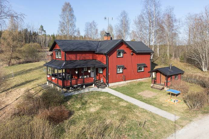 Bild: 6 rum villa på Otivägen 20, Fagersta kommun Hedkärra