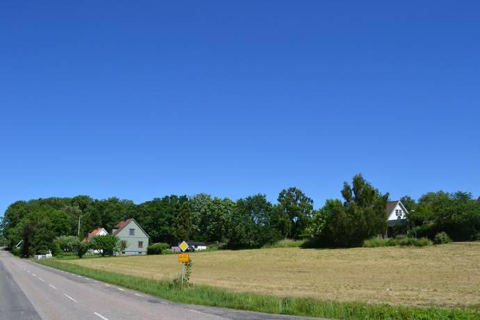 Bild: tomt på Hjärnarpsvägen 62-66, Ängelholms kommun Hjärnarp