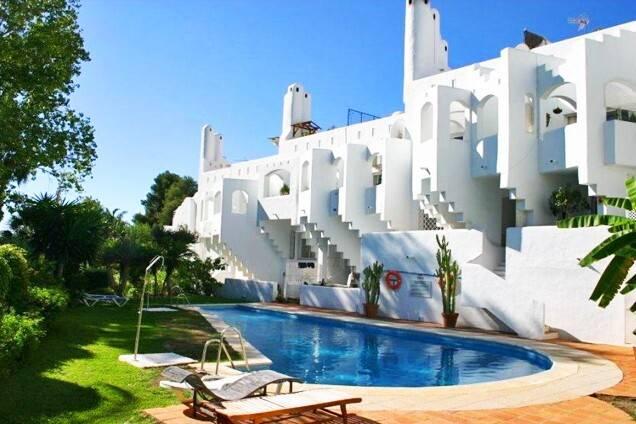 Bild: 4 rum bostadsrätt på Nyrenoverat radhus i Marbella , The Golden Mile., Spanien MARBELLA