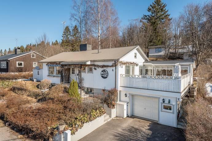 Bild: 4 rum villa på Blåklintsvägen  4, Sundsvalls kommun Granlo