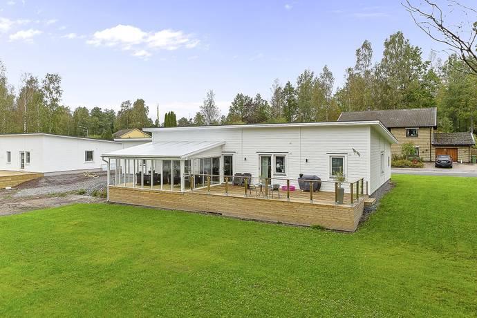 Bild: 5 rum villa på Pionvägen 6, Grums kommun Gamla Slottsbron