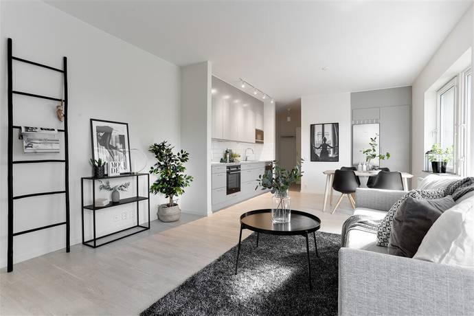 Bild: 1 rum bostadsrätt på Lillbackavägen 15 B, Örebro kommun Södra Ladugårdsängen