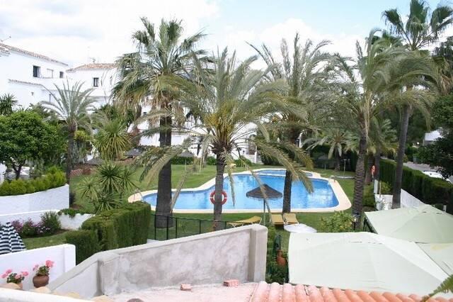 Bild: 2 rum bostadsrätt på MARBELLA Nueva Andalucía Los Naranjos Golf, Spanien Costa del Sol