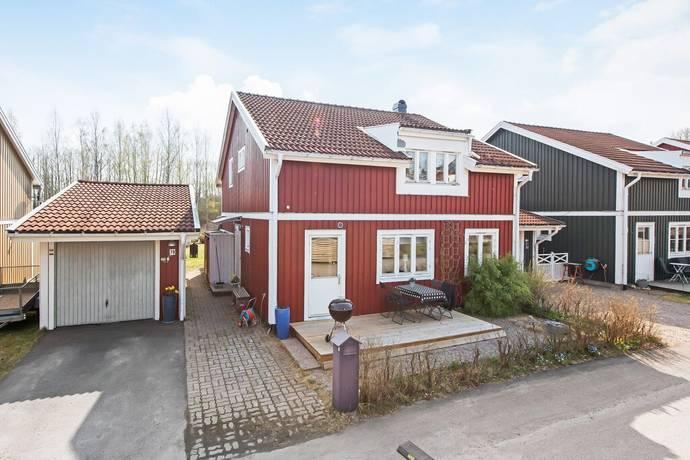 Bild: 6 rum villa på Guldsmedsvägen 79, Gävle kommun