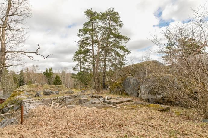 Bild: tomt på Vintervägen 15, Botkyrka kommun Tullinge Trädgårdsstad