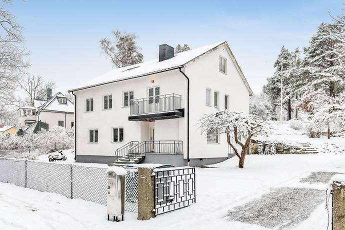 Bild: 8 rum villa på Valkyriavägen 3, Danderyds kommun Djursholm