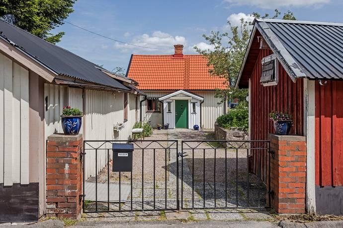 Bild: 3 rum villa på Apelvägen 1, Vänersborgs kommun Kassaretorpet