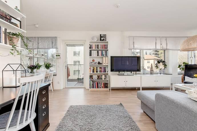 Bild: 3 rum bostadsrätt på Beckomberga ängsväg 14, Stockholms kommun Bromma Beckomberga