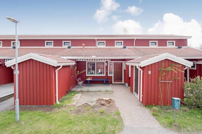 Bild: 4 rum radhus på Hemlingbyvägen 8 B, Gävle kommun Hemlingby