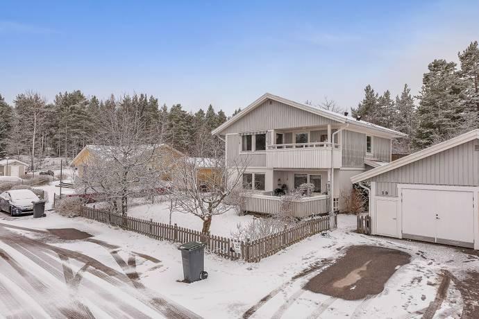 Bild: 5 rum villa på Maria Höglunds Väg 19, Värmdö kommun Ängsvik