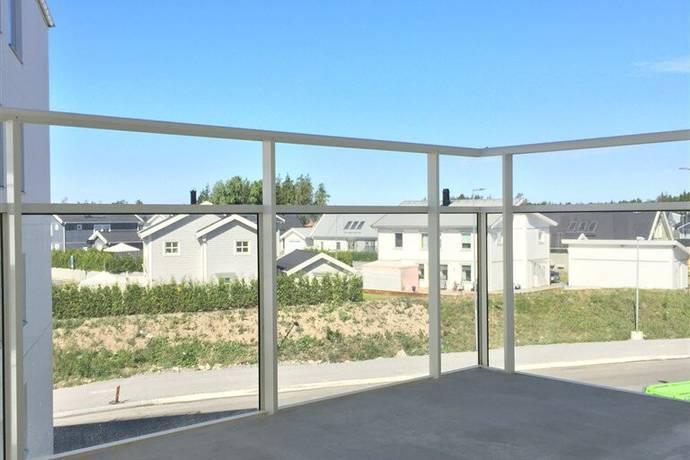 Bild: 2 rum bostadsrätt på Hjärtstensvägen 11, 3tr, Upplands-Bro kommun Parkstaden / Brunna Park