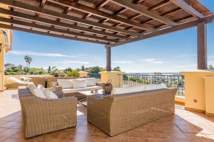 Bild: 5 rum bostadsrätt på Nueva Andalucia / Costa del Sol, Spanien Nueva Andalucia
