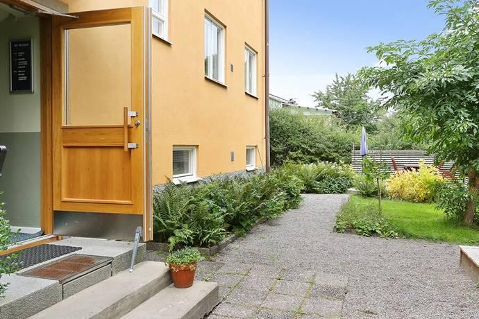 Bild: 3 rum bostadsrätt på Mejselvägen 42, Stockholms kommun Hökmossen/Telefonplan
