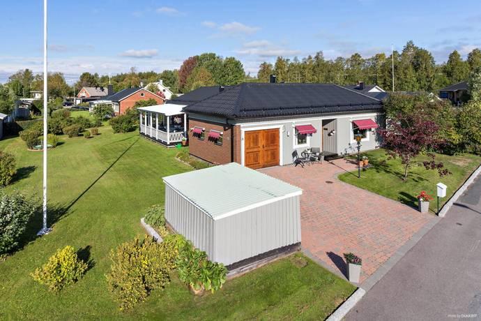 Bild: 6 rum villa på Batterivägen 48, Luleå kommun Lulsundet
