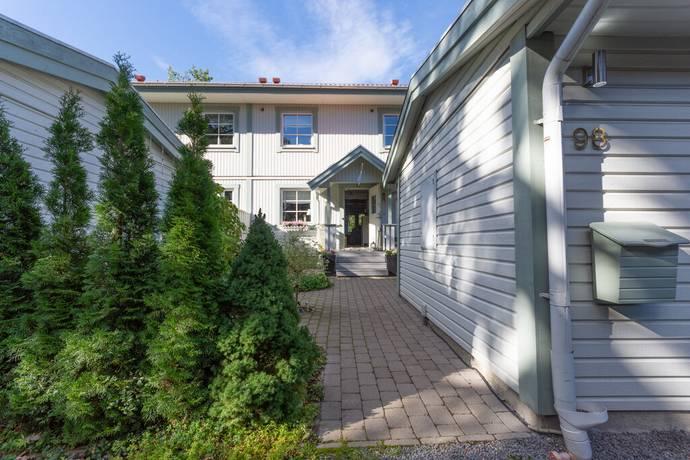 Bild: 4 rum radhus på Tetorpsvägen 98, Upplands Väsby kommun Upplands Väsby
