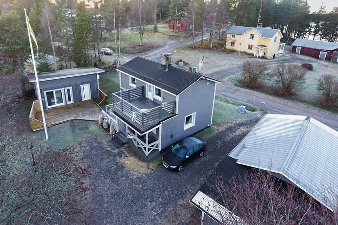 Bild: 4 rum villa på Tallhedsvägen 20, Luleå kommun Tallheden