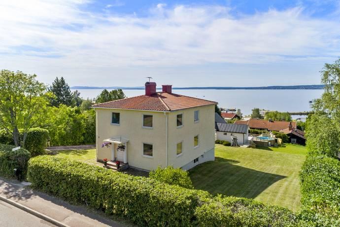 Bild: 5 rum villa på Faluvägen 36, Rättviks kommun Rättvik
