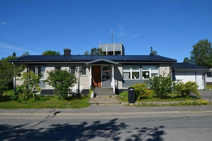 Bild: 6 rum villa på Bäckvägen 3, Haparanda kommun Grankullen
