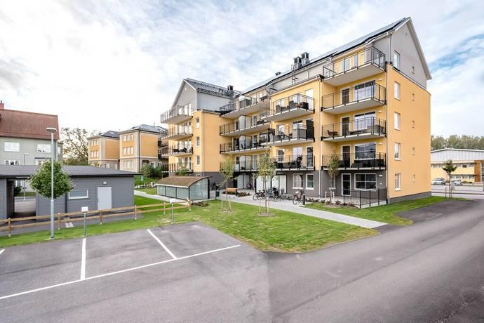 Bild: 3 rum bostadsrätt på Pionjärgatan 6, Örebro kommun Rynninge
