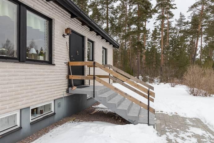 Bild: 5 rum villa på Aspvägen 12, Vimmerby kommun Storebro