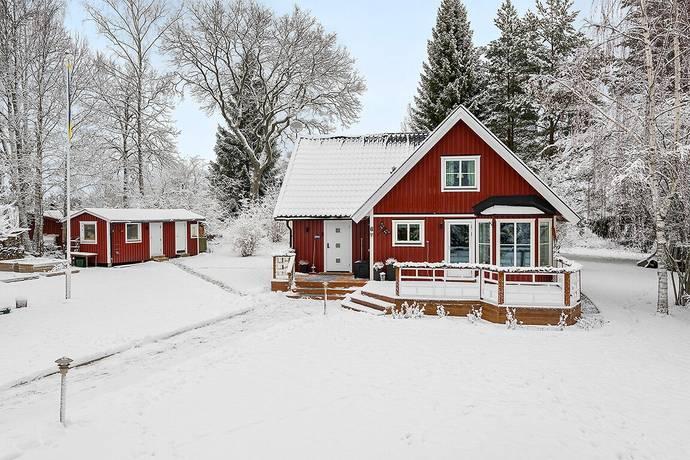 Bild: 5 rum villa på Mastvägen 6, Norrtälje kommun Bergshamra