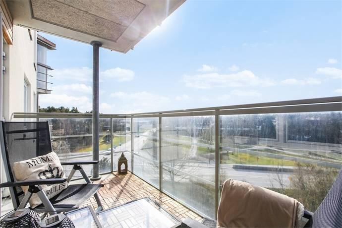 Bild: 3 rum bostadsrätt på Enbärsvägen 1, 4 tr, Upplands-Bro kommun Kungsängen - Tibble