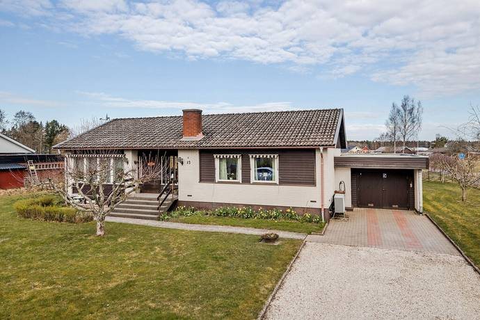 Bild: 4 rum villa på Snickaregatan 15, Vänersborgs kommun