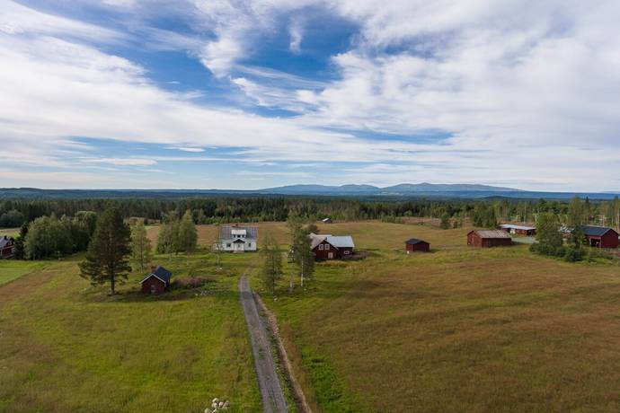 Bild: 6 rum gård/skog på Offne 530, Åre kommun