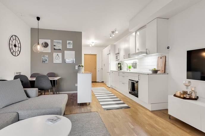Bild: 1 rum bostadsrätt på Ormingeringen 62B, 2 tr, Nacka kommun Orminge
