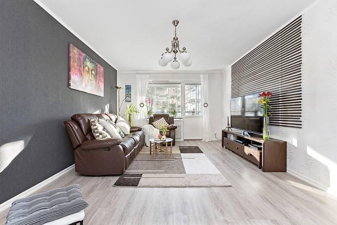 Bild: 2 rum bostadsrätt på Flintlåsvägen 31, Sollentuna kommun Edsberg