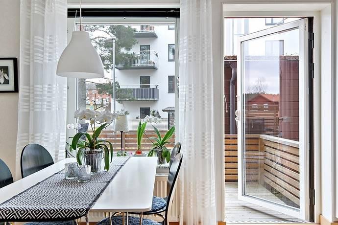 Bild: 2 rum bostadsrätt på Kanslivägen 30, Botkyrka kommun Rikstens Friluftsstad