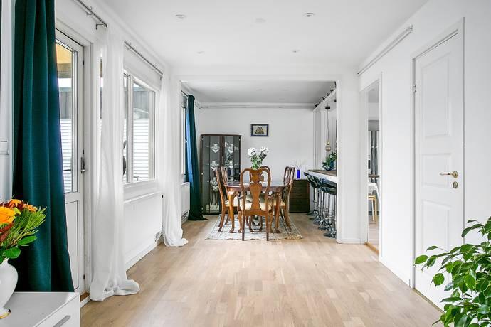 Bild: 5 rum radhus på Bäckvägen  7D, Sollentuna kommun