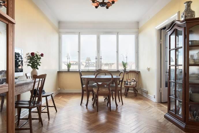 Bild: 4 rum bostadsrätt på Svarvargatan 8, 3tr, Stockholms kommun Kungsholmen