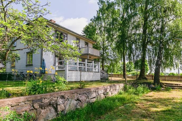 Bild: 6 rum villa på Järneberg Granliden 19, Töreboda kommun Töreboda landsbygd