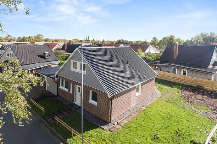 Bild: 5 rum villa på Linnégatan 21, Skara kommun Hindsbo