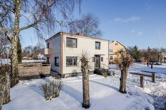 Bild: 5 rum villa på Holmsgatan 2, Vänersborgs kommun Brålanda