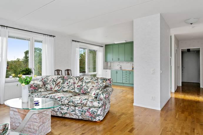 Bild: 4 rum bostadsrätt på Djupdalsvägen 2A, Sollentuna kommun Edsbacka