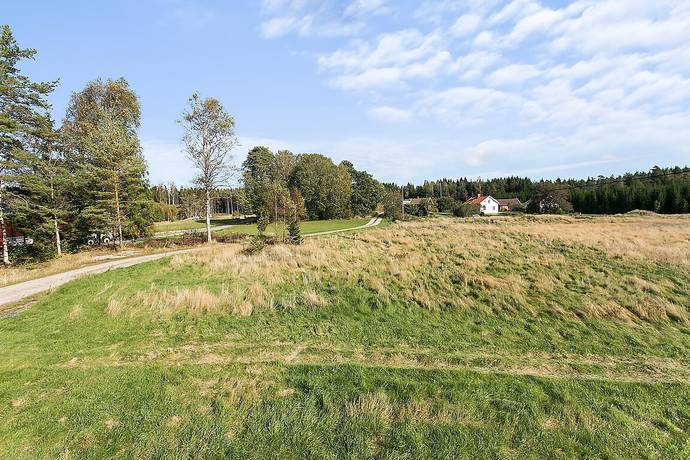 Bild: tomt på Torbal, Tanums kommun Lur