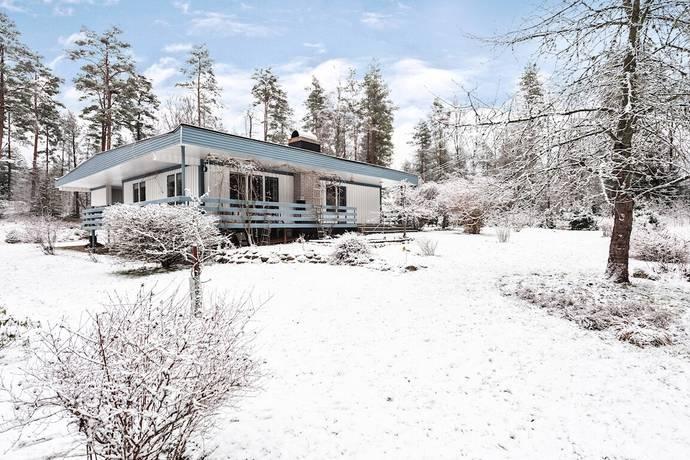 Bild: 6 rum villa på Össlövsgatan 24, Ljungby kommun Lagan