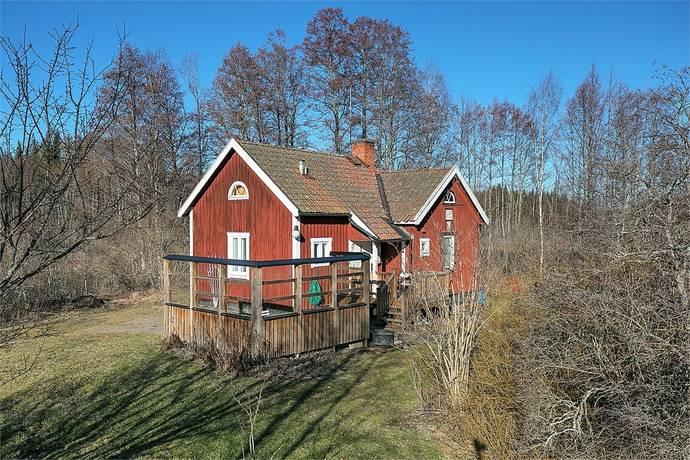 Bild: 3 rum villa på Strångsjövägen 10, Katrineholms kommun Strångsjö