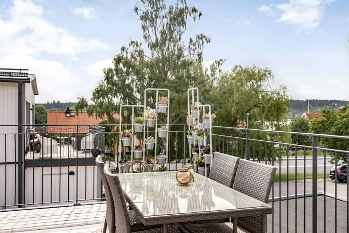 Bild: 3 rum bostadsrätt på Manfred Björkquists Allé 12L, Sigtuna kommun Sigtuna